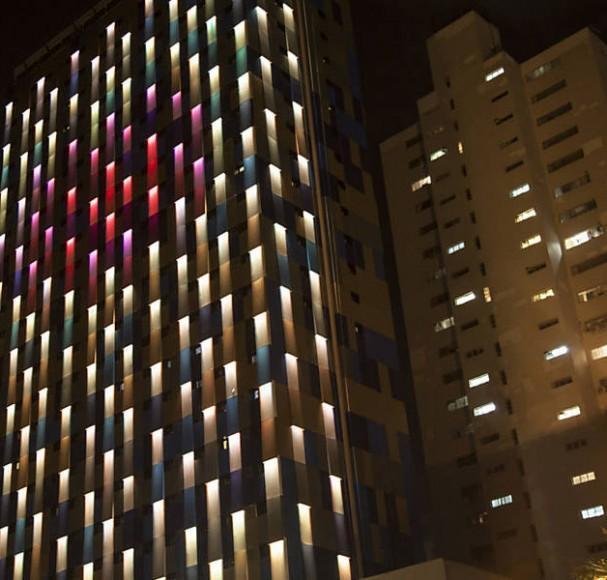 fachada-iluminada-ok